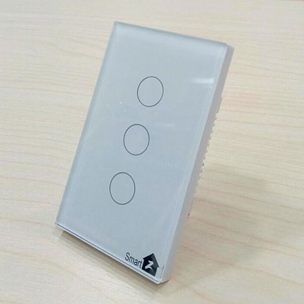 Công tắc cảm ứng chữ nhật 3 nút live line có phản hồi SmarZ SW100E-3